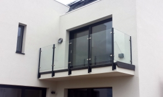 Modern Glass Balcony